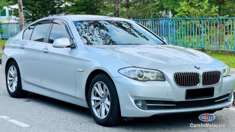 Picture of BMW 5 Series 2.5-LITER LUXURY SEDAN Automatic 2013