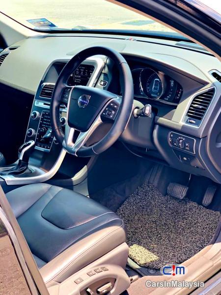 Volvo XC60 2.0-LITER T6 TURBO LUXURY SUV Automatic 2017 - image 10
