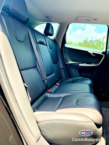 Volvo XC60 2.0-LITER T6 TURBO LUXURY SUV Automatic 2017 - image 11