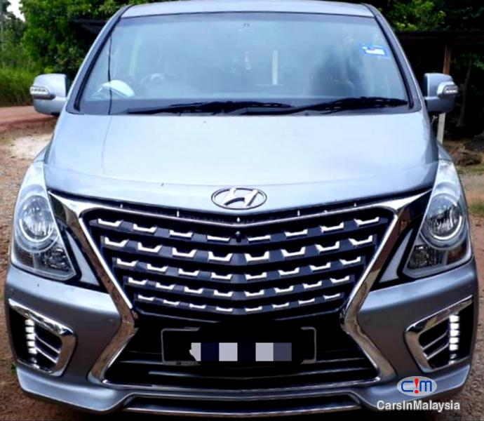 Picture of Hyundai Grand Starex 2.5-LITER DIESEL TURBO FAMILY SUV Automatic 2017