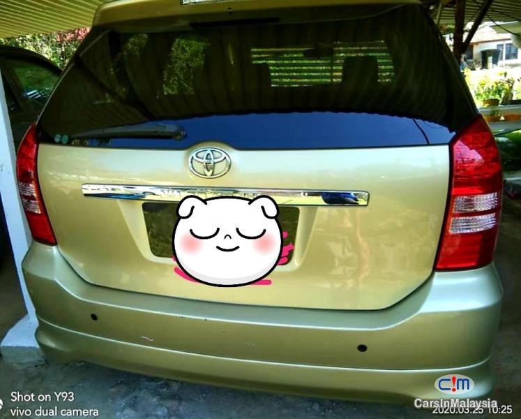Toyota Wish 1.8-LITER FAMILY MPV Automatic 2004 in Selangor