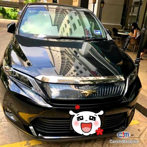 Pictures of Toyota Harrier 2.0-LITER LUXURY SUV Automatic 2019