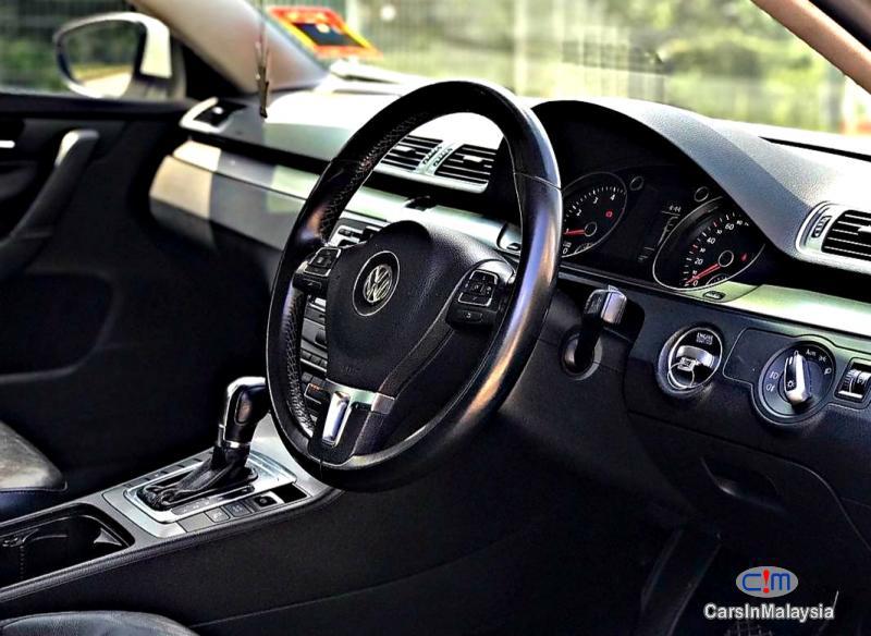 Volkswagen Passat 1.8-LITER LUXURY TURBO SEDAN Automatic 2012 - image 10