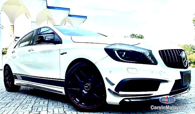 Picture of Mercedes Benz A180 1.6-LITER TURBO HATCHBACK Automatic 2019 in Malaysia