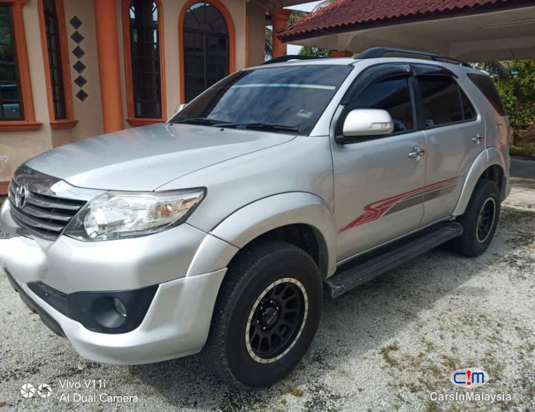 Toyota Fortuner 2.7-LITER 4WD SUV TURBO SPORTIVO TRD Automatic 2013