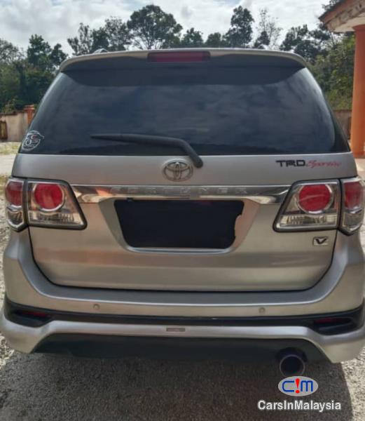 Toyota Fortuner 2.7-LITER 4WD SUV TURBO SPORTIVO TRD Automatic 2013 in Malaysia