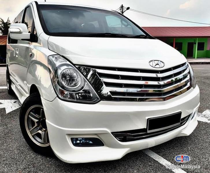 Hyundai Starex 2.5-LITER 11 SEATER MPV DIESEL TURBO Automatic 2013 - image 11