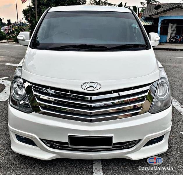 Pictures of Hyundai Starex 2.5-LITER 11 SEATER MPV DIESEL TURBO Automatic 2013