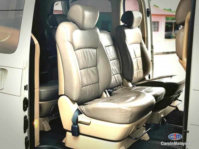 Hyundai Starex 2.5-LITER 11 SEATER MPV DIESEL TURBO Automatic 2013 in Selangor - image