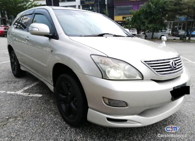 Picture of Toyota Harrier 3.0-LITER LUXURY SUV Automatic 2005