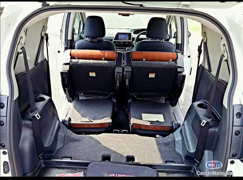 Toyota Sienta Automatic 2016 - image 13