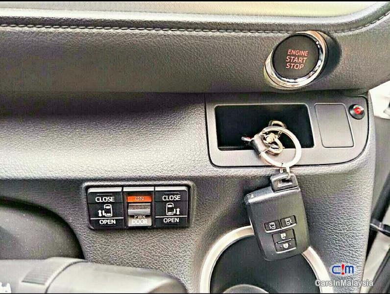 Toyota Sienta Automatic 2016 - image 15