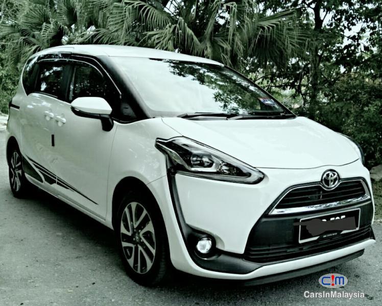 Toyota Sienta Automatic 2016 in Selangor