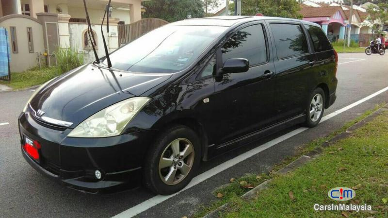 Picture of Toyota Wish Automatic 2009