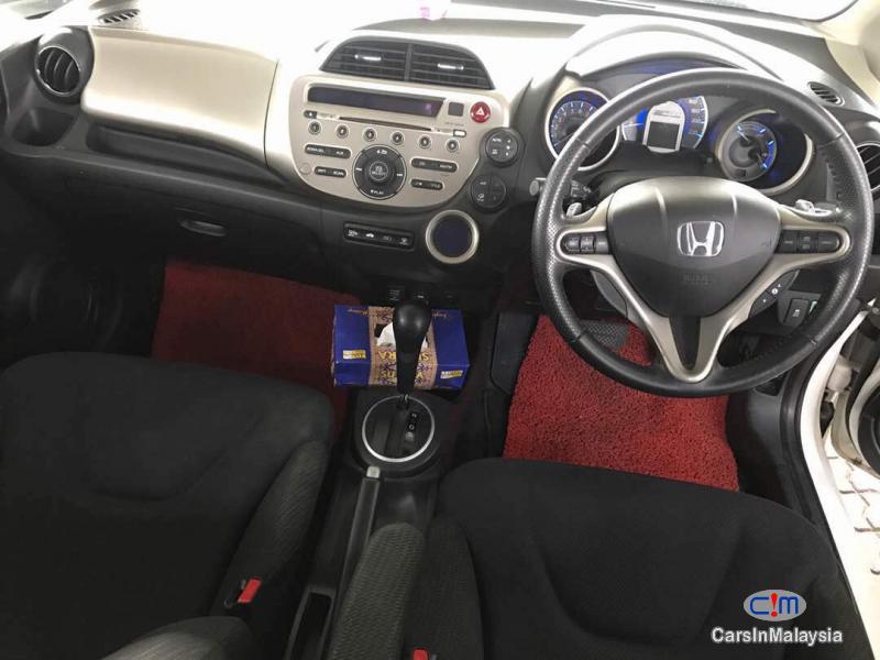 Honda Jazz Automatic 2012 - image 3