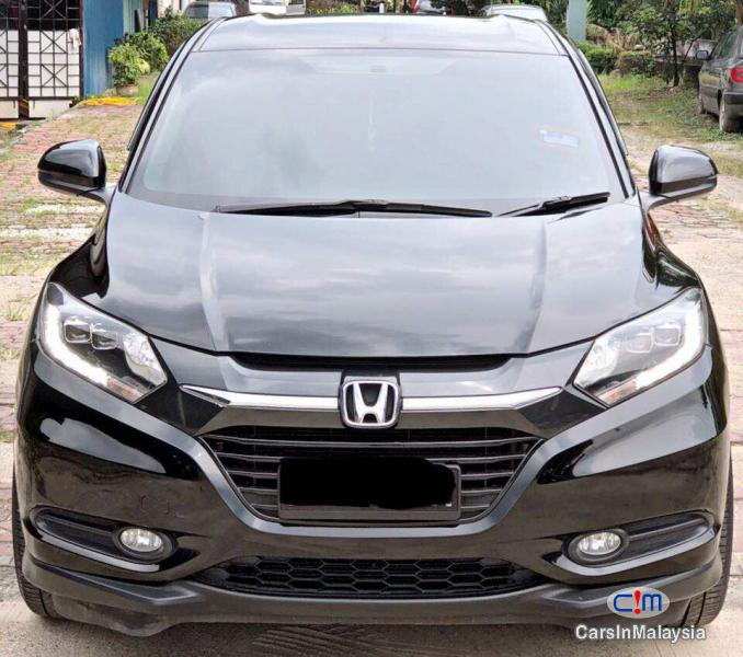 Pictures of Honda HR-V Automatic 2015