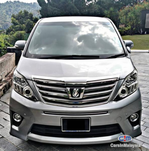 Picture of Toyota Alphard Automatic 2017