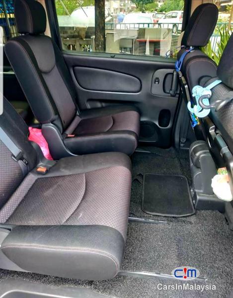 Nissan Serena 2.0-LITER HYBRID ECONOMY FAMILY 7 SEATER MPV Automatic 2013 - image 5