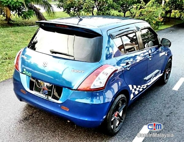 Suzuki Swift Sport 1.4-LITER FUEL ECONOMY CAR Automatic 2014 - image 7