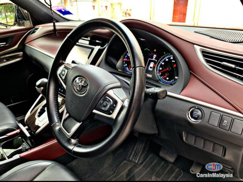 Toyota Harrier 2.0-LITER LUXURY FAMILY SUV Automatic 2015 - image 10