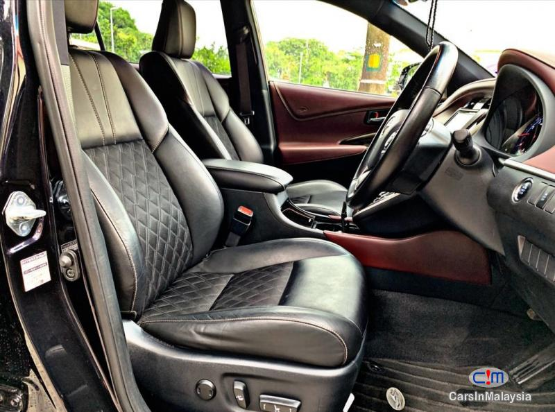 Toyota Harrier 2.0-LITER LUXURY FAMILY SUV Automatic 2015 - image 12