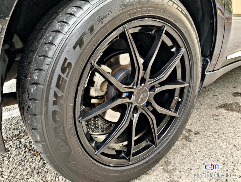 Toyota Harrier 2.0-LITER LUXURY FAMILY SUV Automatic 2015 - image 13