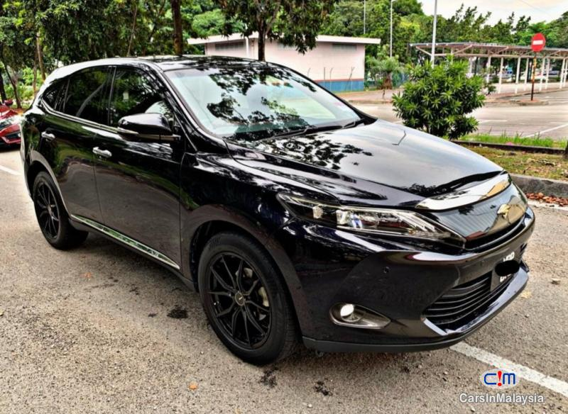 Toyota Harrier 2.0-LITER LUXURY FAMILY SUV Automatic 2015 in Selangor