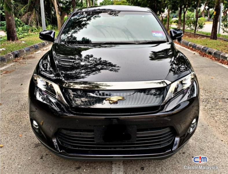 Picture of Toyota Harrier 2.0-LITER LUXURY FAMILY SUV Automatic 2015 in Selangor
