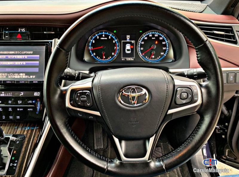 Toyota Harrier 2.0-LITER LUXURY FAMILY SUV Automatic 2015 in Selangor - image