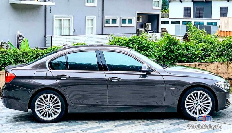 BMW 3 Series 2.0-LITER LUXURY SEDAN Automatic 2012 - image 16