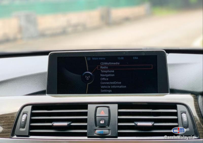 BMW 3 Series 2.0-LITER LUXURY SEDAN Automatic 2012 - image 17