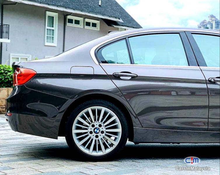 BMW 3 Series 2.0-LITER LUXURY SEDAN Automatic 2012 - image 18
