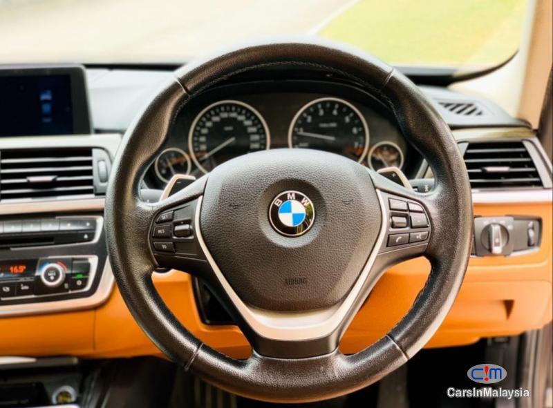 BMW 3 Series 2.0-LITER LUXURY SEDAN Automatic 2012 in Selangor - image