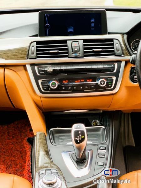 BMW 3 Series 2.0-LITER LUXURY SEDAN Automatic 2012 in Malaysia - image