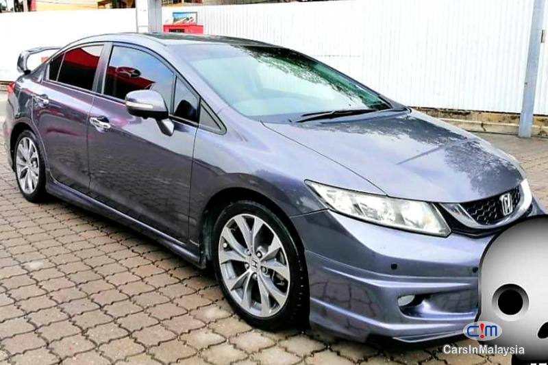 Picture of Honda Civic 2.0-LITER LUXURY SEDAN Automatic 2014