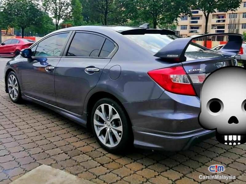 Honda Civic 2.0-LITER LUXURY SEDAN Automatic 2014