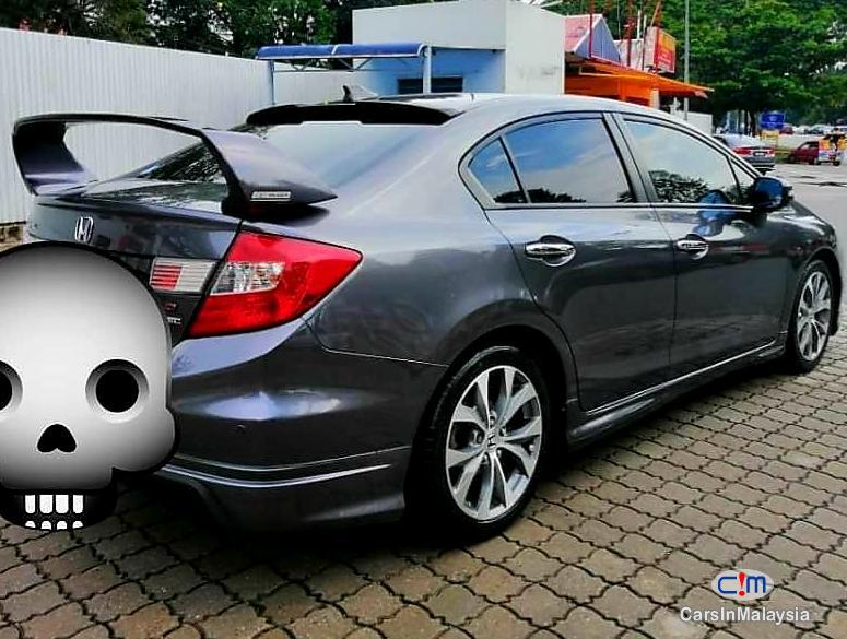 Honda Civic 2.0-LITER LUXURY SEDAN Automatic 2014 in Malaysia