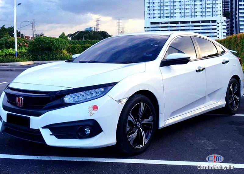 Honda Civic 1.5-LITER SPORT SEDAN TURBO Automatic 2018 - image 11