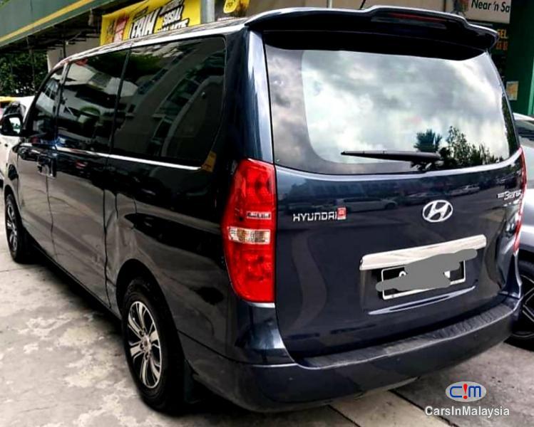 Hyundai Starex 2.5-LITER 11 SEATER FAMILY MPV Automatic 2018 in Kuala Lumpur
