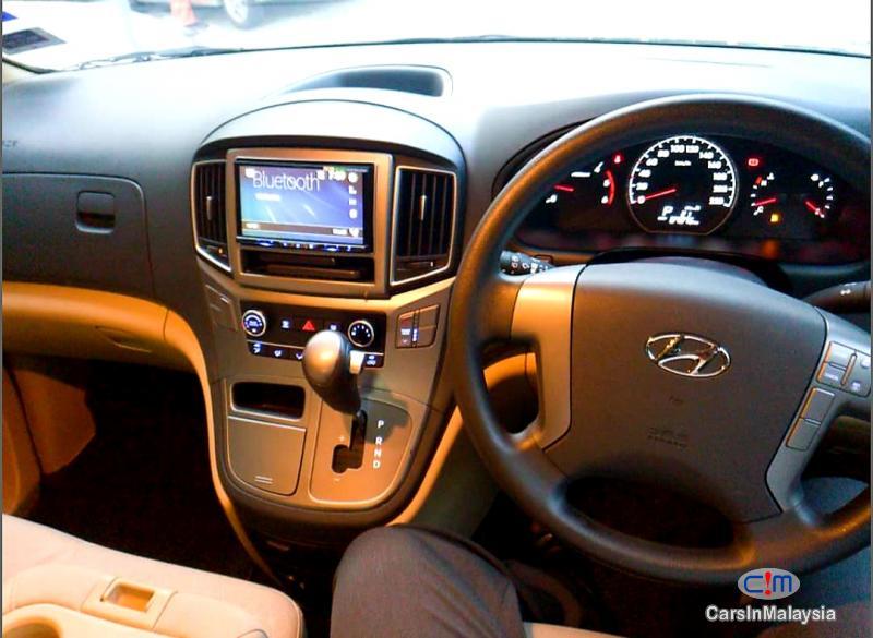 Hyundai Starex 2.5-LITER 11 SEATER FAMILY MPV Automatic 2018 in Kuala Lumpur - image
