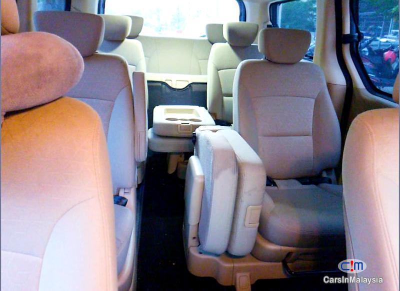 Hyundai Starex 2.5-LITER 11 SEATER FAMILY MPV Automatic 2018 in Malaysia - image