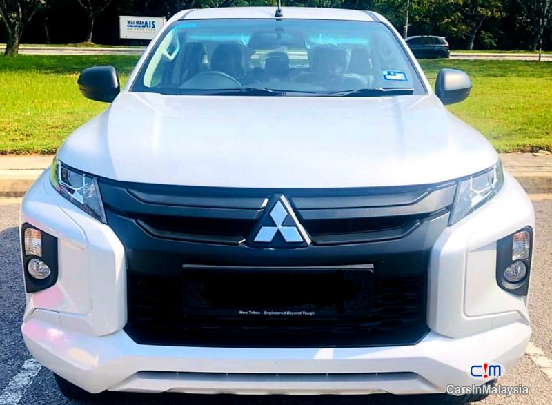 Pictures of Mitsubishi Triton 2.5-LITER 4X4 DOUBLE CAB DIESEL TURBO Automatic 2020