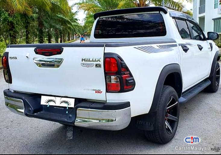 Pictures of Toyota Hilux 2.8-LITER 4x4 DOUBLE CAB DIESEL TURBO Automatic 2017