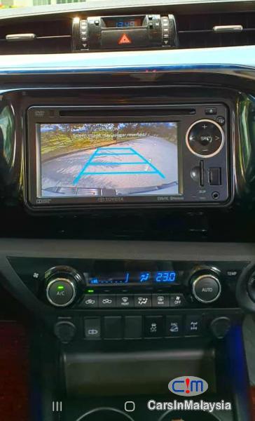 Toyota Hilux 2.8-LITER 4x4 DOUBLE CAB DIESEL TURBO Automatic 2017 in Negeri Sembilan - image