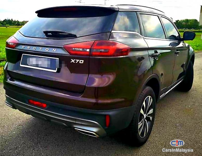 Proton X70 1.8-LITER LUXURY SUV Automatic 2019 - image 9