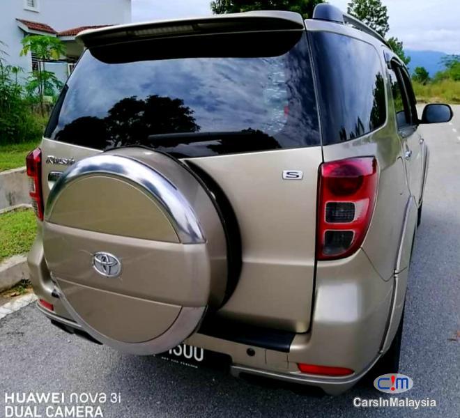 Toyota Rush 1.5-LITER ECONOMY SUV Automatic 2009 - image 2