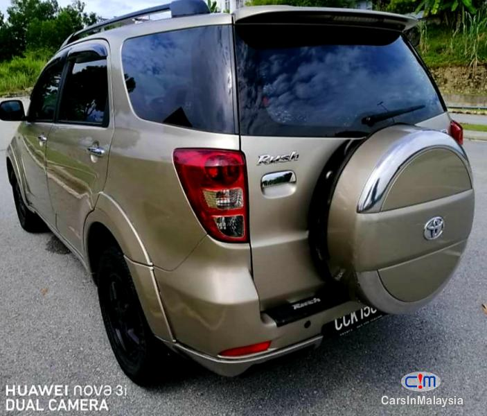 Toyota Rush 1.5-LITER ECONOMY SUV Automatic 2009 in Malaysia