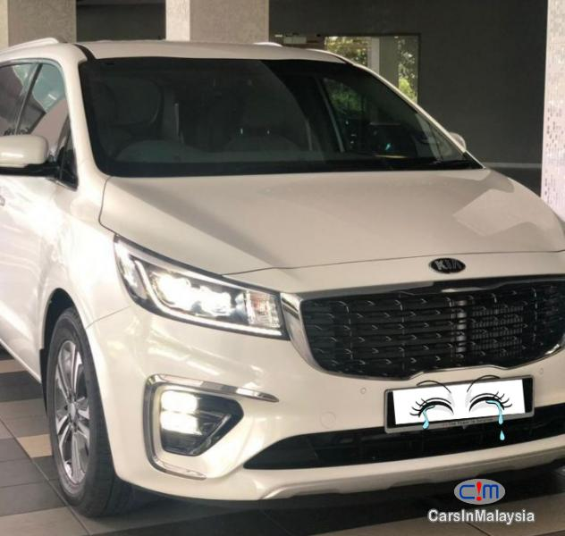 Picture of Kia Carnival 2.2-LITER 7 SEATER MPV Automatic 2018
