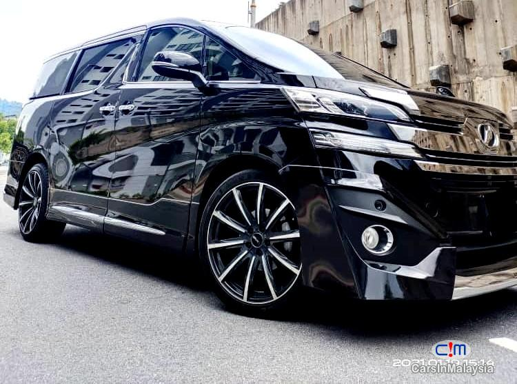 Pictures of Toyota Vellfire 2.5-LITER LUXURY FAMILY MPV Automatic 2020