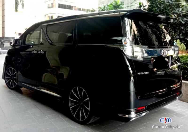 Picture of Toyota Vellfire 2.5-LITER LUXURY FAMILY MPV Automatic 2020 in Malaysia